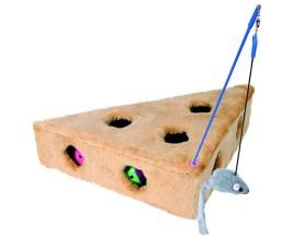 Игра для кошек сыр меховой с игрушками Trixie (4505)